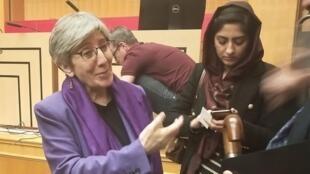 Афганская министр по правам человека Сима Самар в парижском институте Sciences Po 5 марта 2020.