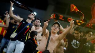 Des supporters de l'Espérance Tunis lors de la finale aller de la Ligue des champions face à Al Ahly.