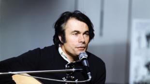 Alain Barrière.
