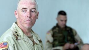 Le général Geoffrey Miller, en mai 2004 en Irak.