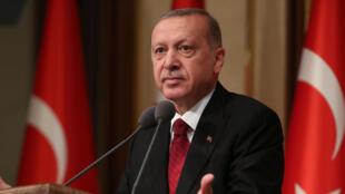 លោក Recep Tayyip Erdogan ប្រធានាធិបតីតួកគីចោទអាមេរិកថាឃុបឃិតនយោបាយប្រឆាំងតួកគី