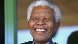 Nelson Mandela apresentava um estado de saúde considera crítico há mais de cinco meses.