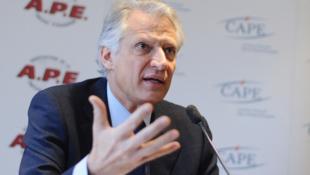 Dominique de Villepin speaks at a press conference in Paris last week.