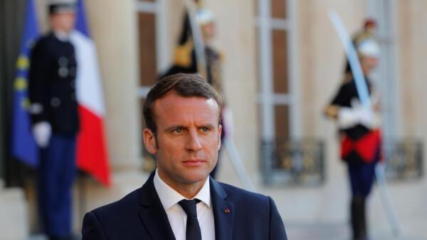 法国总统马克龙5月21日在爱丽舍宫举行会议前。