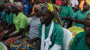 Wasu 'yan Matan Sakandiren Chibok da gwamnatin Najeriya ta yi nasarar cetowa a shekarar 2017.
