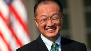 O americano Jim Yong Kim é o novo presidente do Banco Mundial.