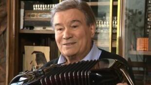 Легендарный французский аккордеонист Марсель Аззола