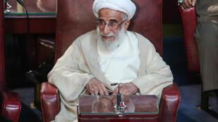 آیت الله احمد جنتی، برای یک دوره دیگر، از طرف آیتالله علی خامنهای به سمت دبیر شورای نگهبان منصوب گردید.