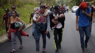 Des migrants Honduriens en route pour les États-Unis, le 16 janvier 2020.
