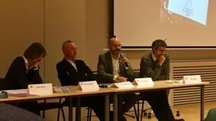 """Mesa redonda: """"Inconsciente y libre elección: ética de la toma de decisiones"""" Universidad Católica de Lyon. 12/11/18"""