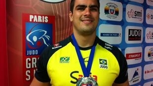 O judoca brasileiro David Moura, que levou medalha de prata no Grand Slam de Judô