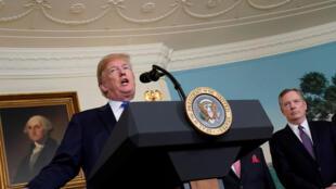 Tổng thống Mỹ Donald Trump phát biểu trước khi ký bản ghi nhớ về quyền sở hữu trí tuệ công nghệ, Washington ngày 22/03/2018.