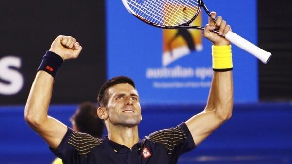 O sérvio Novak Djokovic comprovou a sua boa forma física ao derrotar o espanhol David Ferrer.