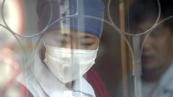 武汉发现的神秘病毒肺炎已增至59例。