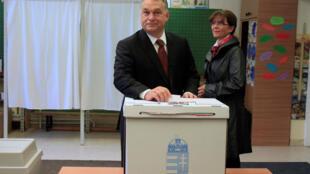 Le Premier ministre hongrois Viktor Orban, à l'initiative du référendum, a voté ce dimanche 2 octobre à Budapest.