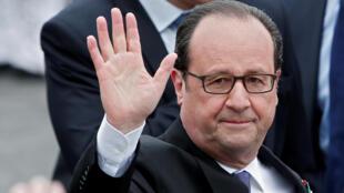O presidente François Hollande deixa o poder neste domingo, após cinco anos de mandato