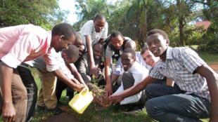 Le Club RFI Kampala, Ouganda.