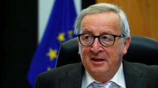 Председатель Еврокомиссии Жан-Клод Юнкер после переговоров с Николом Пашиняном заявил, что ЕС выступает за скорейшее начало переговоров о либерализации визового режима