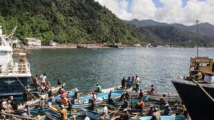Le port de Mutsamudu, sur l'île d'Anjouan aux Comores.