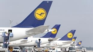 O sindicato dos pilotos da companhia aérea alemã Lufthansa entram em greve em protesto contra reforma do regime de aposentadoria.
