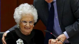 Liliana Segre lors de la session plénière à la mémoire des victimes de l'Holocauste au Parlement européen à Bruxelles, Belgique le 29 janvier 2020.
