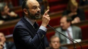 Primeiro-ministro francês na Assembleia Nacional  03 de Março  de 2020