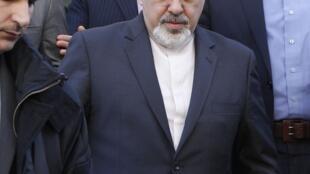 Глава МИД Ирана Мохаммад Джавад Зариф в Дамаске 15/01/2014 (архив)