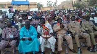Les officiels, pendant les festivités des 100 ans de Mopti.