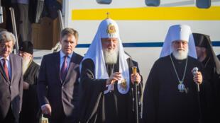 Патриарх Кирилл по прибытии в Минск 15 октября 2018