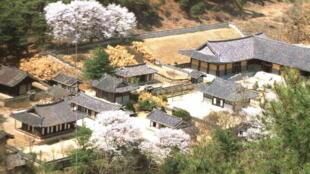 A Sosu Seowon, la plus ancienne académie confucéenne de Corée, fondée en 1543.