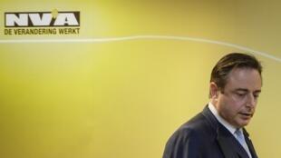 Le leader du N-VA, Bart de Wever lors d'une conférence de presse le 8 décembre à Bruxelles.
