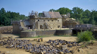 Le site du château de Guédelon en construction (France). (Photo datée de 2010).