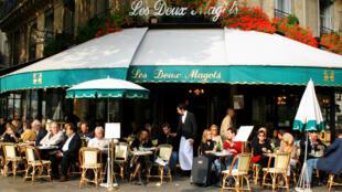 Les Deux Magots café in the Saint-Germain neighbourhood in Paris