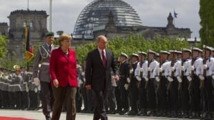 Angela Merkel y Vladimir Putin, en Berlín, este primero de junio de 2012.