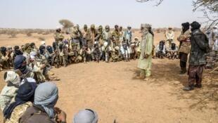 Wani taron hadin gwiwa na shugabannin yankin kan iyakar Nijar da Mali.