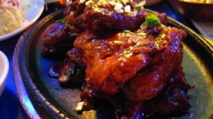 Yangnyeom chicken, Korean-style fried chicken