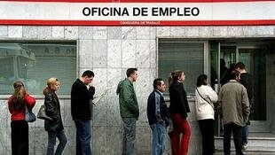Según cifras del Instituto Nacional de Estadística, el desempleo bajó entre julio y septiembre.
