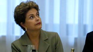 La presidenta Dilma Rousseff  se reunió el 28 de junio en Nueva York con inversores brasileños.