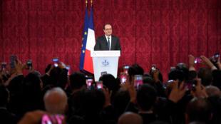 2017年2月8日晚,法国总统奥朗德在爱丽舍宫举行仪式,向旅法华人祝贺新年。