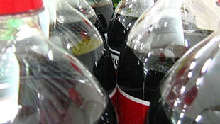 Desde 1° de janeiro os refrigerantes e outras bebidas com adição de açúcar ficaram mais caras na França.