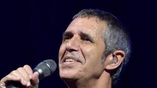 Julien Clerc ra mắt album mới nhân sinh nhật 70 tuổi