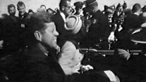 Documentos sobre morte de Kennedy não devem acabar com teorias da conspiração