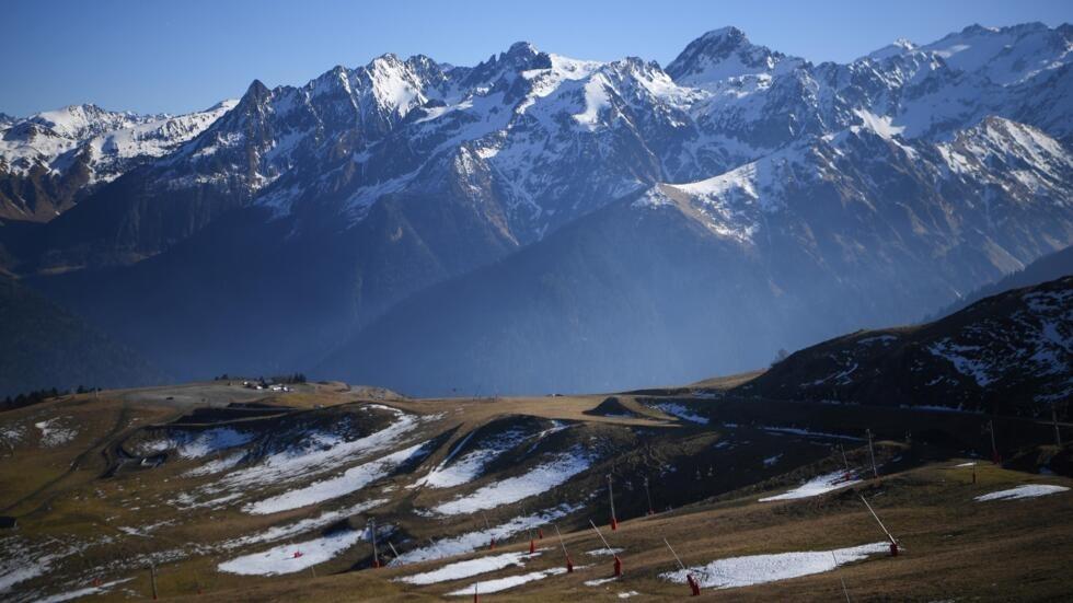 Житель региона возле франко-испанской границы потерялся в Пиренеях, когда отправился в Испанию, чтобы купить сигарет.