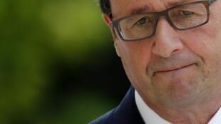 Uy tín của tổng thống Hollande xuống thấp chưa từng thấy : cử tri không còn tin tưởng vào đảng Xã hội.