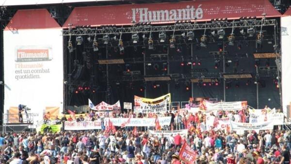 Fiesta de l'Humanité en La Courneuve, distrito del norte de París.