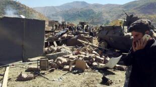 Ataque com carro-bomba visou posto militar do sudeste da Turquia neste domingo (9).