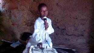 Munawwar Injiniya Abubakar Bello Asara yaron wanda ya kera tashar Rediyo a Jahar Sokoto, Najeriya