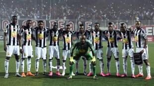 L'équipe du TP Mazembe lors de la finale aller de la Ligue des champions en Algérie, le 31 octobre 2015.