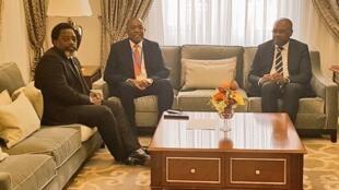 Presidente Joseph Kabila em visita a Luanda