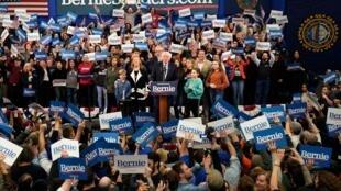 Seneta Bernie Sanders amejiweka kwenye nafasi nzuri baada ya kyendelea kufanya vizuri katika kura za mchujo New Hampshire Februari 11, 2020.